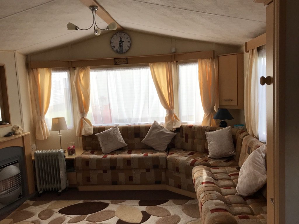 B13 lounge