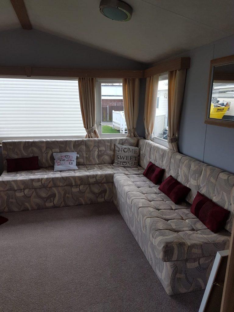 F21 lounge 2